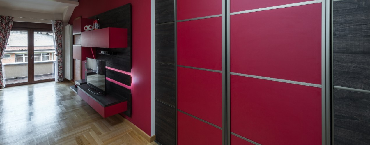 Contrasting Colours Sliding Wardrobes