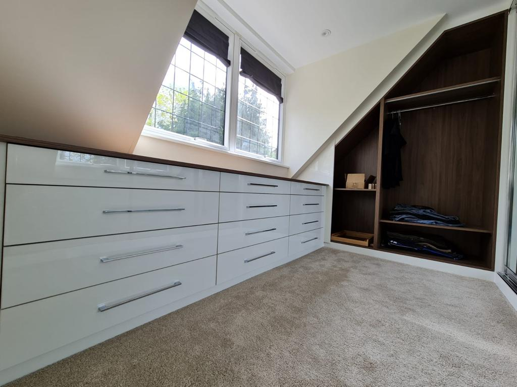 Bespoke Open Unit And Drawers Using Finest High Gloss Materials